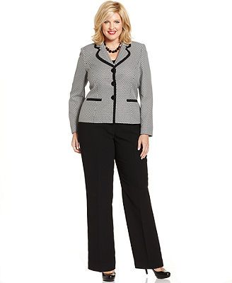 ae4b4376441939fda91153aaa4197671  career wear luis - What To Wear On A Traditional Wedding