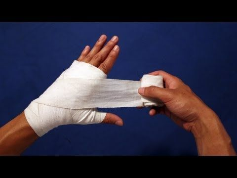 How to Wrap Your Hands - BOXING // I prefer this method to the one I posted earlier.