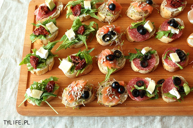90 best images about appetizers fit for a party on for Canape quiche recipe