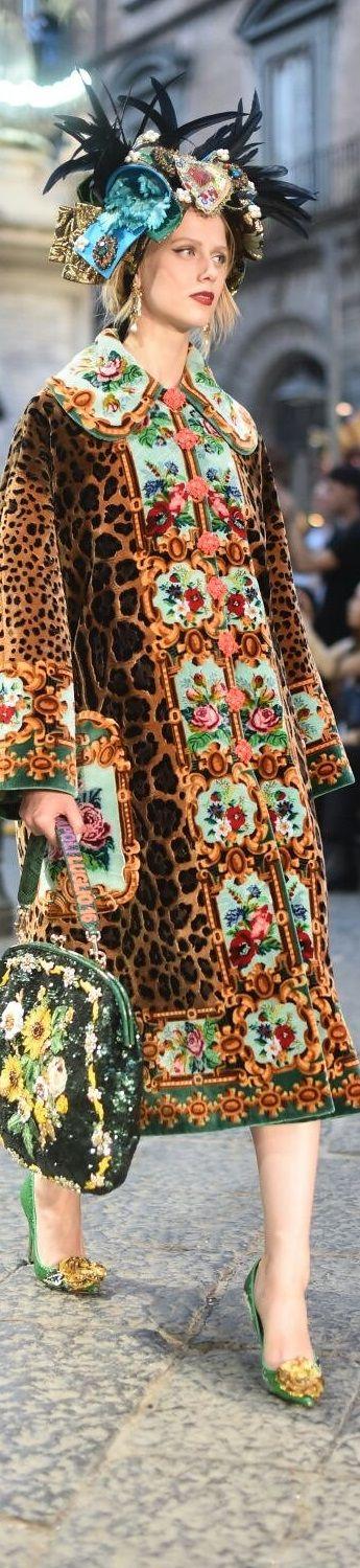 Dolce and Gabbana alta moda -couture fall 2016