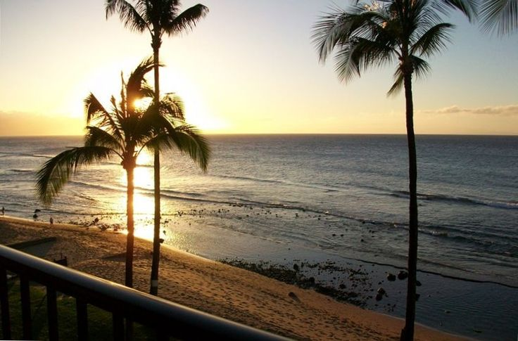Vrbo Com 201592 Oceanfront 2 Bedroom W Loft And Gorgeous Views Maui Vacation Rentals Maui Vacation Vacation