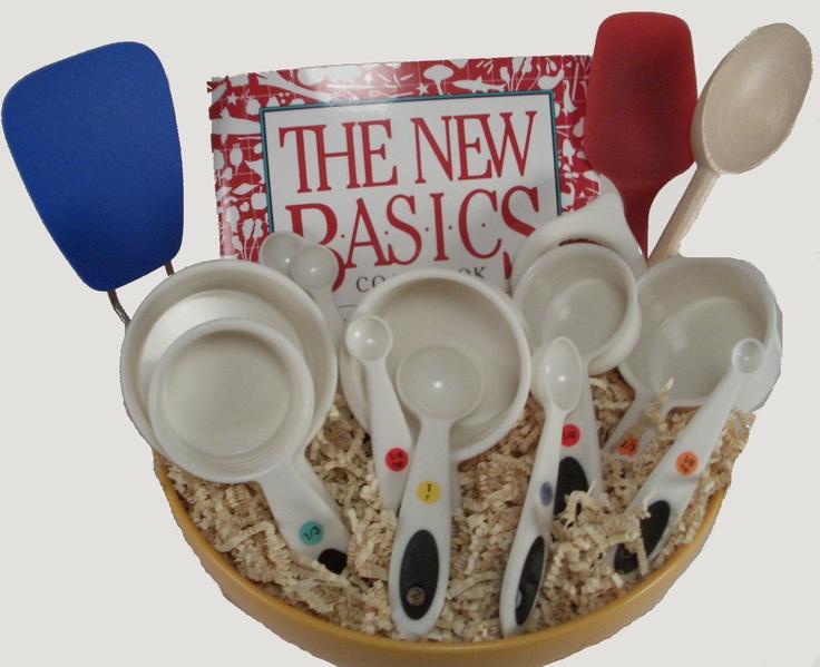 5 kitchen gift basket 1 cookbook 1 measuring cups 1 spatulas 1 - Kitchen Gift Basket Ideas