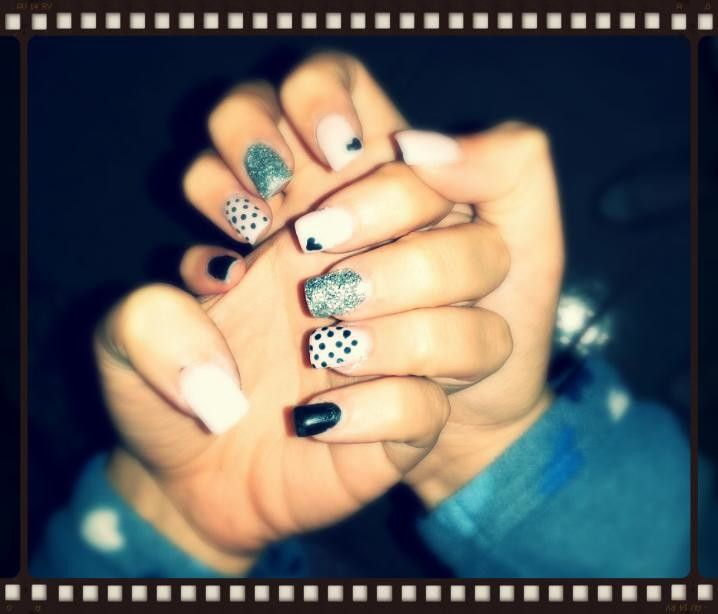 #new #nail #art #pink #black #pois #heart #glitter #silver #byme