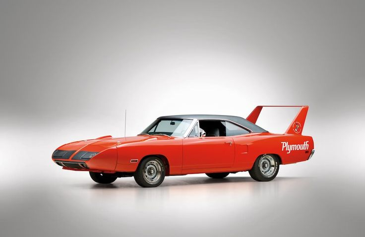 The 1970 Plymouth Road Runner Superbird is one of the most iconic American cars ever made, they were only produced in 1970 due to NASCAR's homologation...