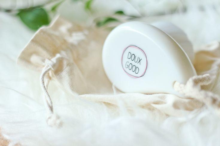 Une brosse nettoyante et démaquillante proposée par Doux Good 320 000 poils d'une exceptionnelle douceur