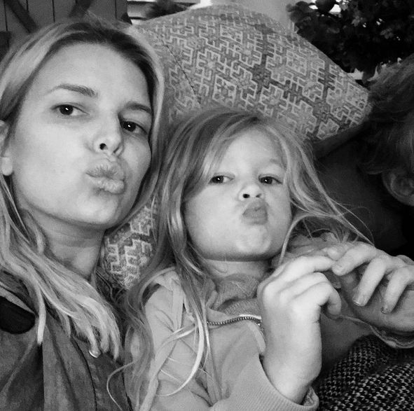 "Jessica Simpson, with 3-year-old daughter and aspiring Instagram star, Maxwell: ""'Be cool and kiss the camera mom' - Maxwell Drew"" -@jessicasimpson (Photo: Instagram)"