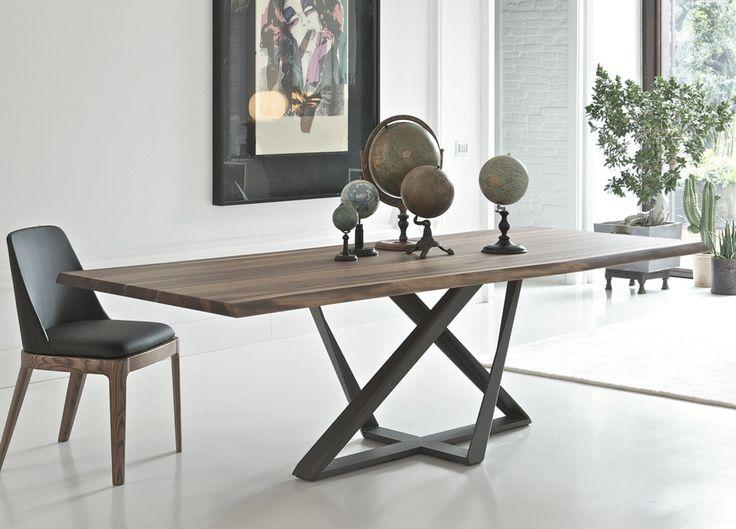 table de repas extensible sur pied central et allonge intégrée