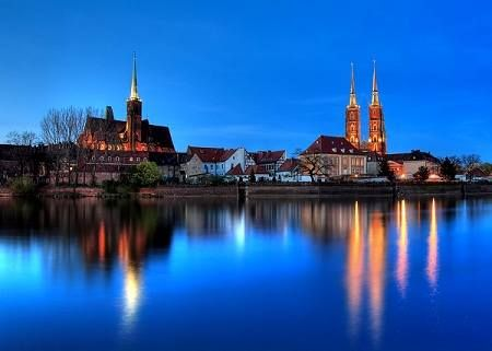 """Ostrów Tumski is a magical place where your date won't say """"no"""". :)"""