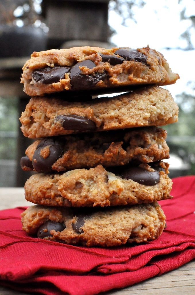 Paleo Choc chip cookies (3c almond meal, 1c walnuts, 1c choc chips, 1/4t salt, 1/2t baking soda, 1/3c honey, 2T melted coconut oil, 1/2t vanilla, 1 egg... mix wet & dry separate then together, shape & bake on parchment paper lined sheet at 350 for 15mins... )