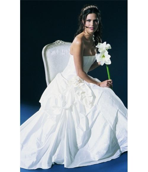 Asymetric Skirt #jamesfaith712 #newfahsion #niceskirts #AsymetricSkirt  2dayslook.com