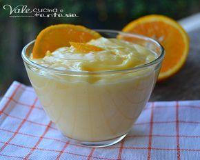 Crema all'arancia senza latte ricetta base buona e delicata, ideale per farcire torte, crostate ma ottima anche gustata da sola come dolce al cucchiaio