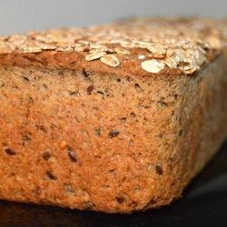 Der er intet som nybagt rugbrød, så i dag skal i få opskriften på et af mine favorit rugbrød. Nemlig solsikke rugbrød. Det er uden surdej, det rækker min tålmodighed nemlig slet ikke til ;). Så nemt at lave og ingredienserne noget der er nemt at komme til.  Til 1 stortrugbrød skal du b....