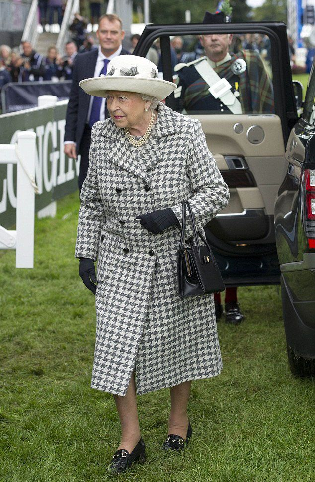 Queen Elizabeth II attends the 2015 Horse Eventing European Championships in Blair Castle, Scotland, 13 September 2015.