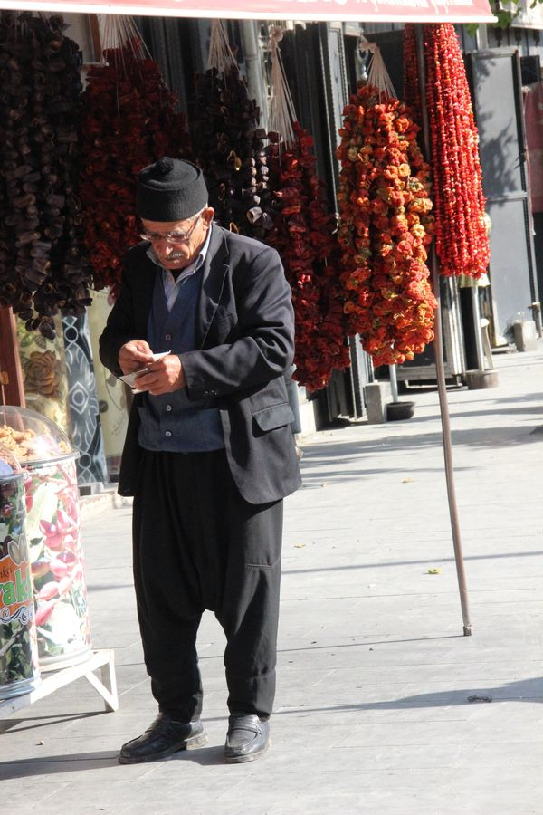 Old man with dry peppers, Gaziantep - Turkiye by Mehpare Firat on 500px