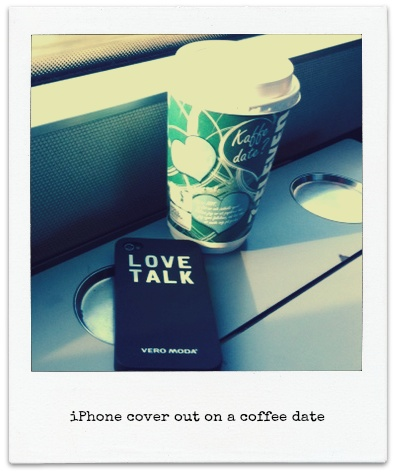 The exclusive VERO MODA iPhone cover out and about. It can be yours! All you have to do is re-pin the official contest pin to enter the contest.   Good luck!