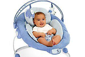 Sdraietta neonato, da quando si può usare? Fa male alla schiena?