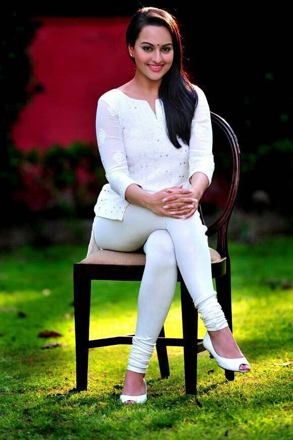 Sonakshi Sinha Cute Photos