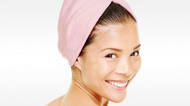 #EMETip Estrujar tu cabello con la toalla hace que debilite y se rompa