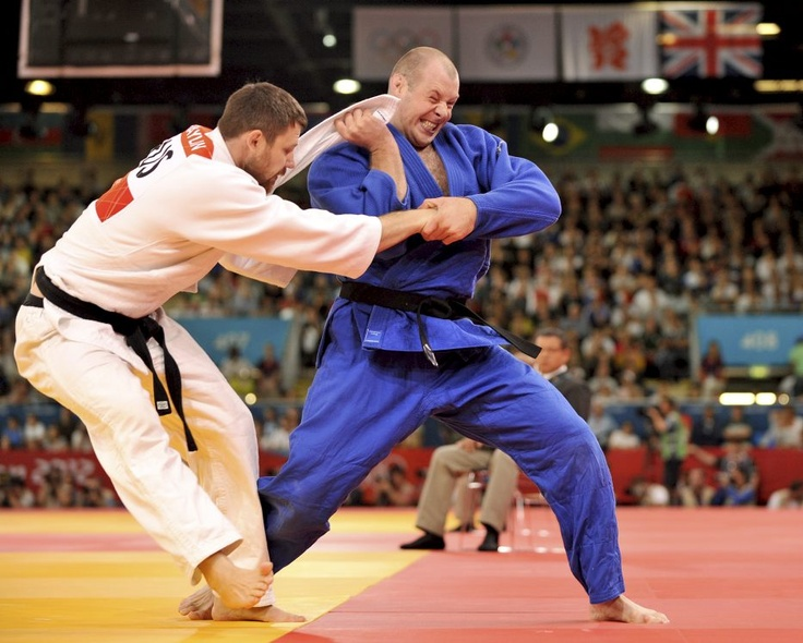 ROYAL MARINE JUDOKA LOSES TO RUSSIAN CHAMPION Royal Marine and UK Olympic judoka Chris Sherrington has been knocked out of the London 2012 Olympic judo +100kg category by three times world gold medallist Alexander Mikhaylin of Russia. Chris, 28, was the first heavyweight in 20 years to represent Great Britain at any Olympic games, competing in the men's +100kg category this morning at 9.30am.
