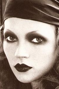 kate moss / biba - perfect gypsy make-up - halloween