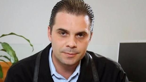 'El Piojo' Herrera cumple su amenaza y golpea a Christian Martinoli