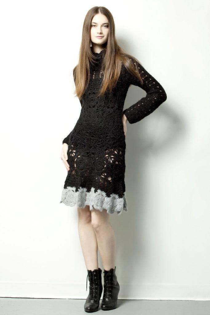 QUEEN DRESS $220.- crochet in black & gray by Espiritu Folk.