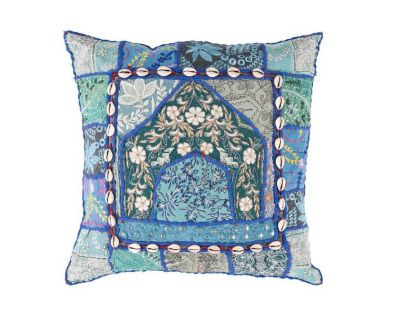 """50% Cotton / 50%   Polyester with lace accents        18"""" x 18"""" Down Filler Made in India        Available in 1 Color"""