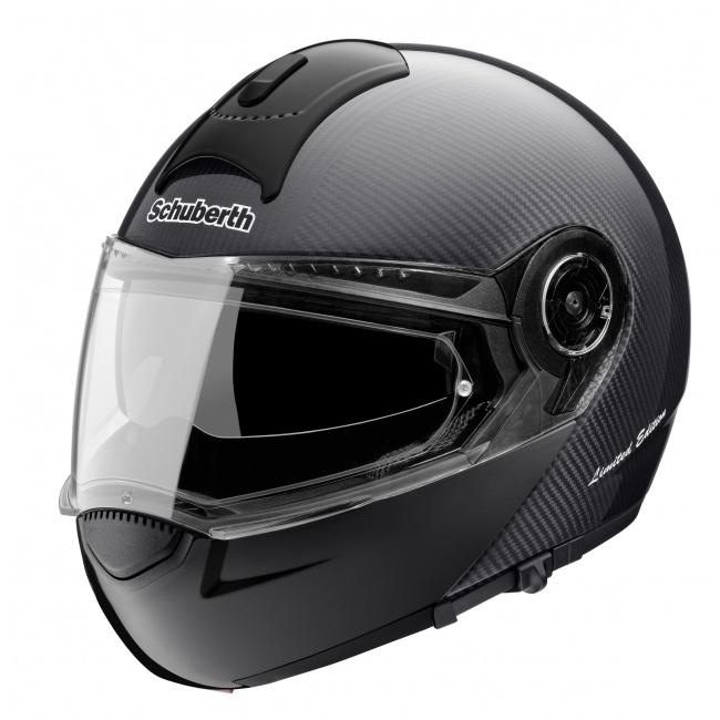 Schuberth C3 Carbon Helmet. Integrated sun visor. Pinlock® Visor, guaranteed condensation-free thanks to its double glazing technology.