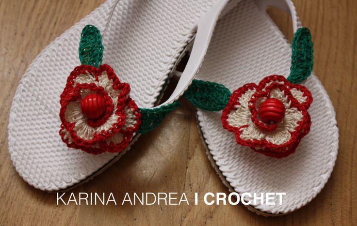 Crochet in your feet, flower pattern.