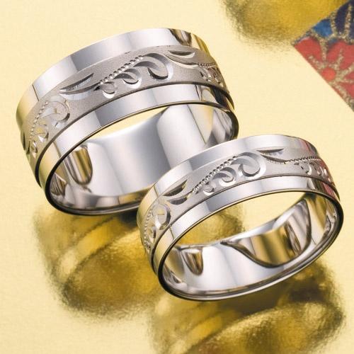 結婚指輪 水縹-mizuhanada- お二人の愛で満たされた、縹たんがデザインのなんともかわいいリング。    Wedding ring   水縹-mizuhanada - The gourd filled with two persons' love is a very lovely ring of a design.