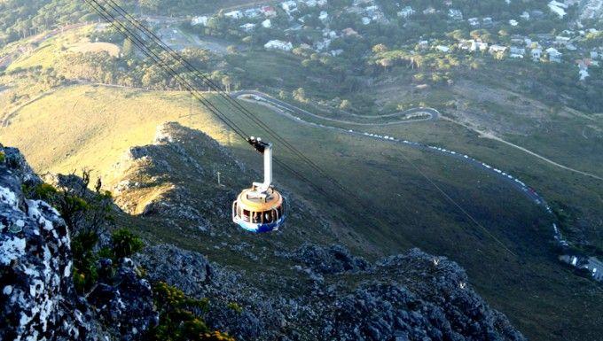 Table Mountain a Città del Capo: Settima Meraviglia del Mondo. http://www.origini.net/citta-del-capo-table-mountain