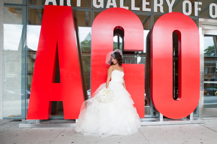 Art Gallery of Ontario bride in front of sign