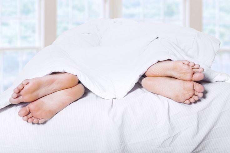Книга «Стратегия семейной жизни»: как реже мыть посуду, чаще заниматься сексом и меньше ссориться  Источник: http://organicwoman.ru/kniga-strategiya-semeynoy-zhizni-kak/ © organicwoman.ru
