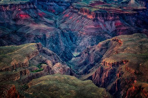 Deep in the canyon.... Grand Canyon - EXPLORED