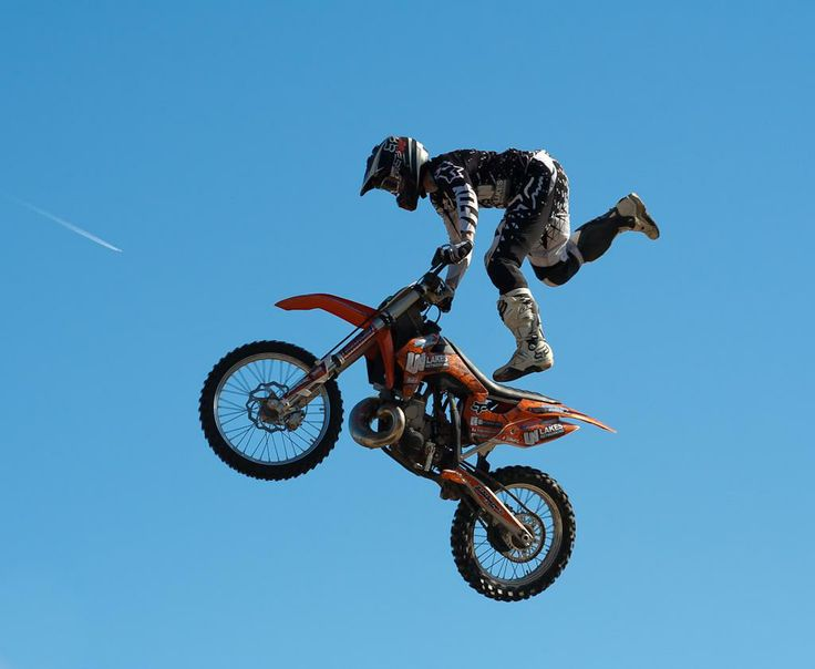 Stunt Bike by Sian Humphrey. A fantastic action shot with the subject frozen in the frame