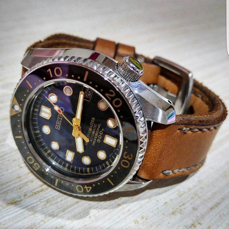 Beautiful Seiko Marinemaster in custom Gunny strap.