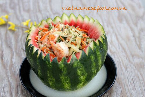 Salad Watermelon with Shrimps Recipe (Nộm Dưa Hấu với Tôm) from http://www.vietnamesefood.com.vn/vietnamese-recipes/vietnamese-salad-recipes/salad-watermelon-with-shrimps-recipe-nom-dua-hau-voi-tom.html