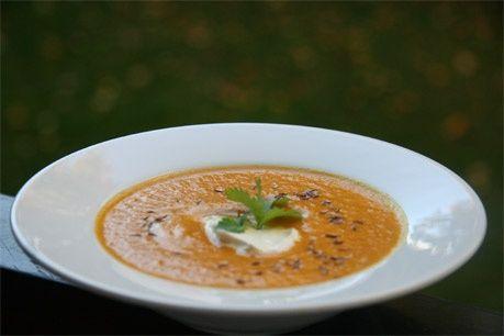 Halloweensuppe med gulrøtter og kokosmelk