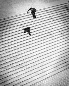 """After tearing his MCL in 2014 during his first attempt at ollying the Ali Boulala 25-stair set in Lyon France @aaronjawshomoki ventured back to the infamous """"Lyon 25"""" for another try last year. Now thanks to @thrashermag you can watch """"Jaws"""" make skateboarding history on hypebeast.com today. Photo: @burnout by hypebeast"""