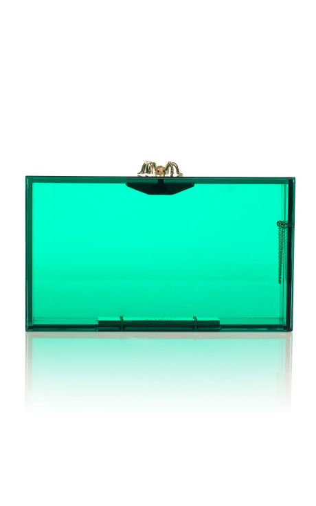 Is this bag made of glass?