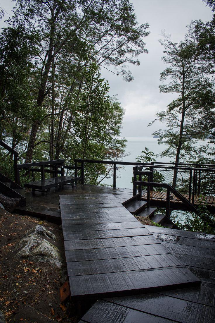 Casa en el Lago Todos Los Santos / Apio Arquitectos