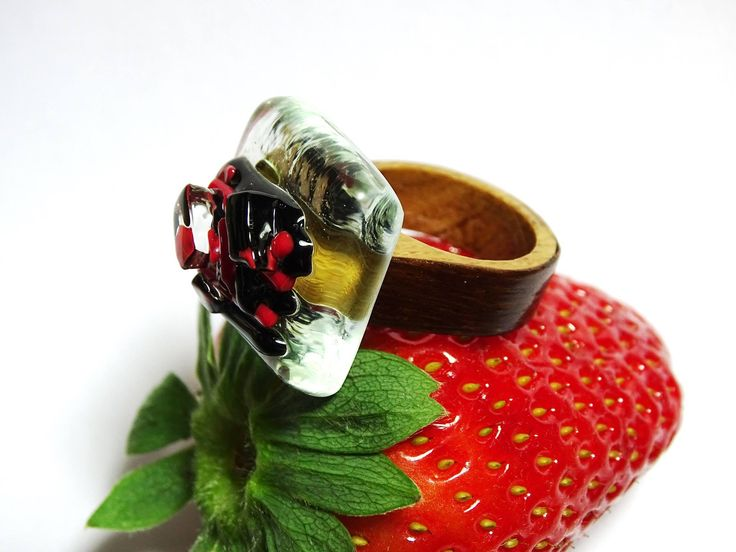 Red and Black Ring made from oak, mahogany and glass.READY TO SHIP Ring, made using glass and wood, Glassideas jewelry, one of a kind ring.Manufactured and Copyright Pro deas Trade SRL Romania