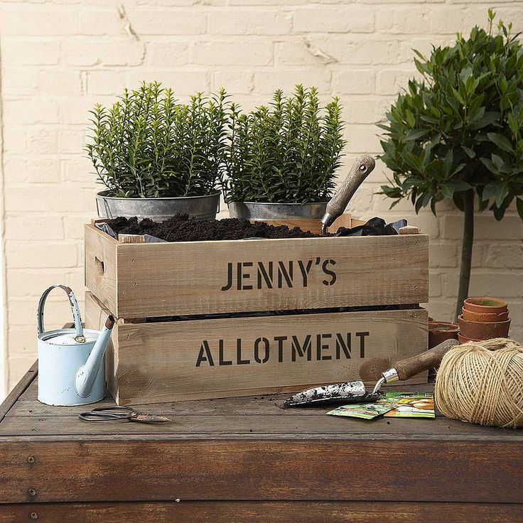 Thie lovely large personalised planter crate makes a stunning mini allotment.Choose from a range of 8 crate colours, and personalise with 2 lines of 24 characters. Includes a planting liner Add wheels to make the crate easier to move around once its planted. Add a collection of stunning Suttons seeds to complete the gift, choose from herbs or salad seeds. The Herb Collection includes Dill, Sage, Sweet Basil, Marjoram and Thyme<strong>. </strong>The Patio Salad seeds are made up of Cucumber…