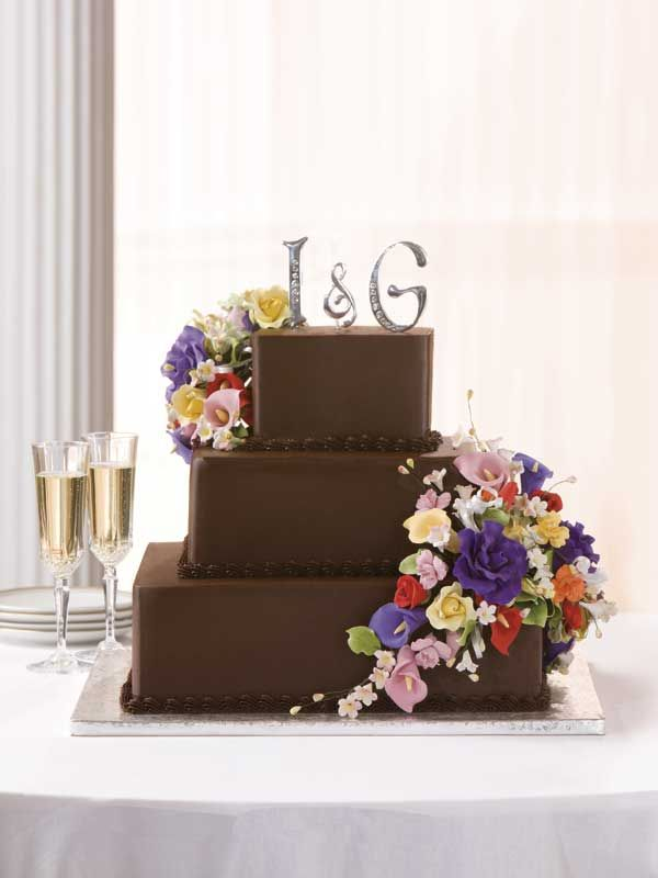 how to make chocolate fudge wedding cake 1000 ideas about publix wedding cake on 15922