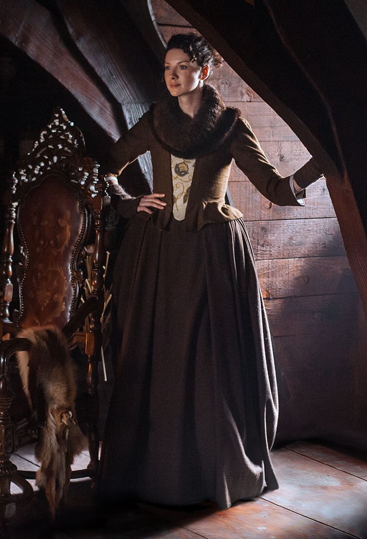 Claire's dark brown dress with embroidered stomacher, furry infinity cowl and wrist warmers in a scene in Geillis Duncan's house. | Outlander S1E3 'The Way Out' on Starz | Costume Designer TERRY DRESBACH