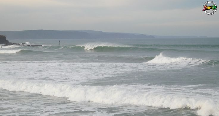 Check out our full surf report, live webcams, and 7-day forecast at www.zumajay.co.uk/surf-report  Yewwww, Its pumping down there today. The winds are offshore and we have a solid 5ft clean surf out there!  Every where is pumping today, Wax up you favourite board and get in there. For the less experience check out Summerleaze around the high tide, remember that there is no lifeguards on today.