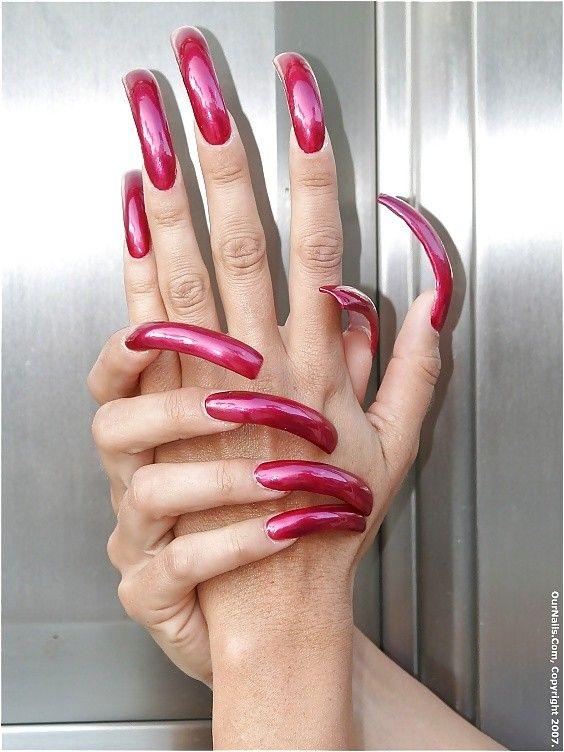 Very long nail fetish