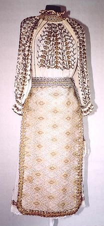Women's costume from Banat, zone Timiş