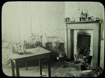 Urban living: A dilapidated tenement room in the Coombe area in 1913. #Ireland