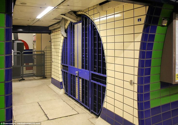 Piccadilly Circus underground station: The former staircase entrance to the Piccadilly Lin...